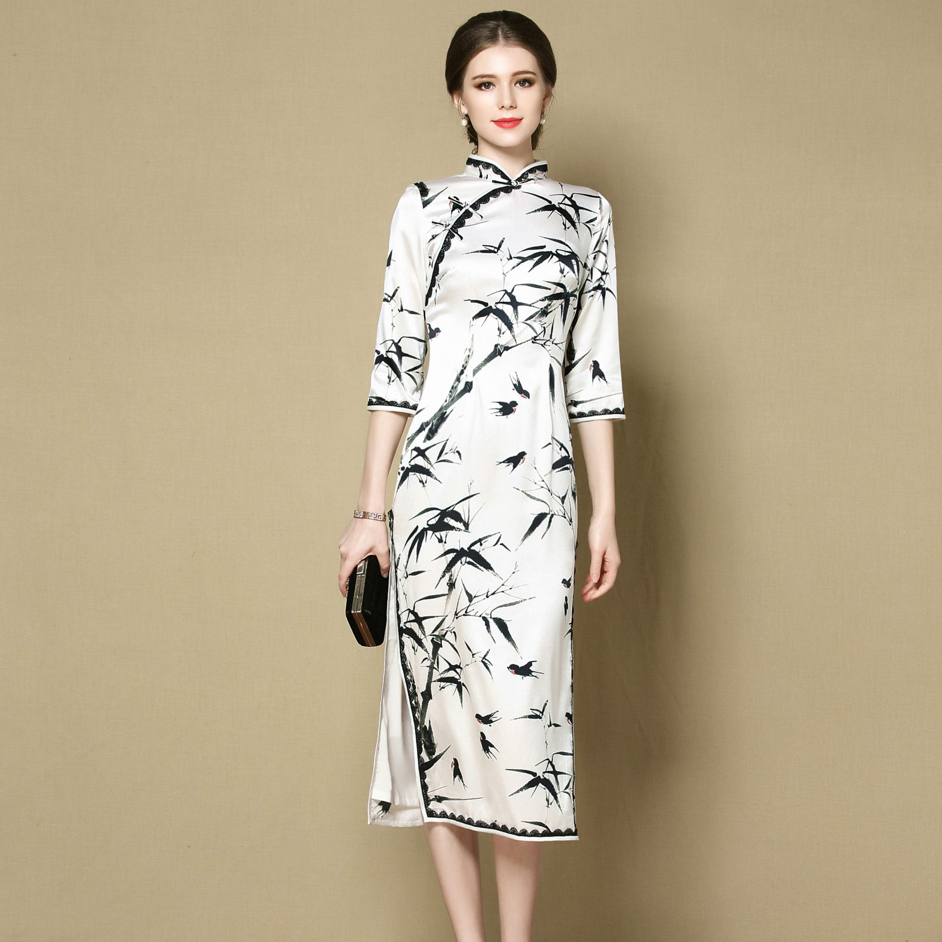 Enchanting Bamboo Print Silk Cheongsam Qipao Dress