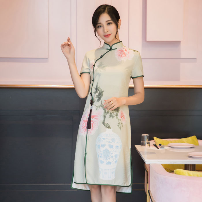 Delightful Print Qipao Cheongsam Dress - Green Vase