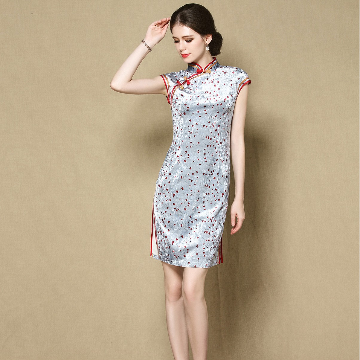 Cute Small Flowers Velvet Qipao Cheongsam Dress - Gray