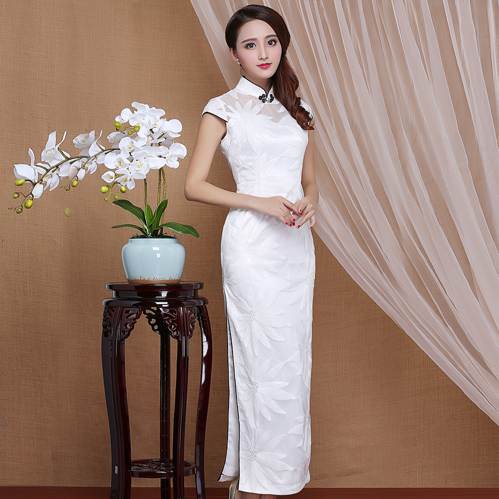 Attractive White Flowers Cheongsam Qipao Long Dress