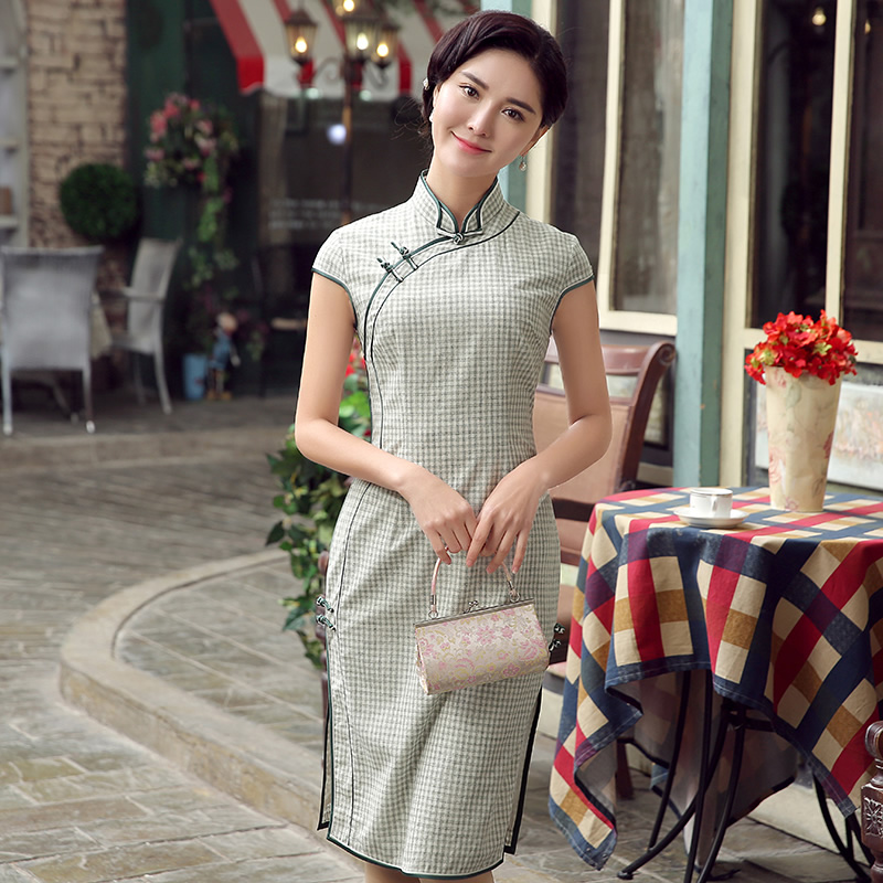 Delightful Small Plaids Qipao Cheongsam Dress - Light Green