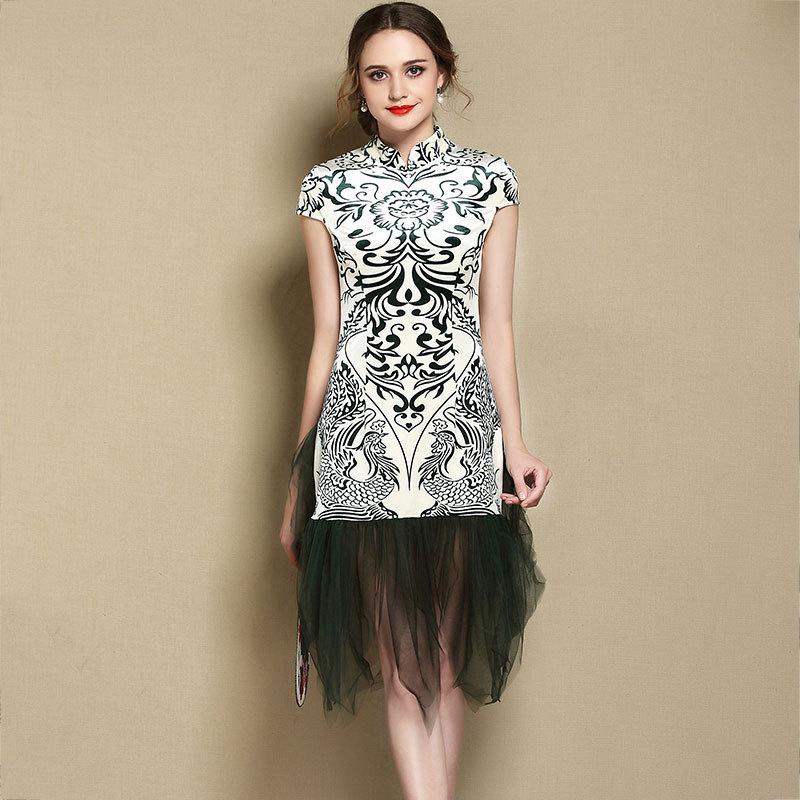Lovable Totem Print Modern Qipao Cheongsam Dress - Green