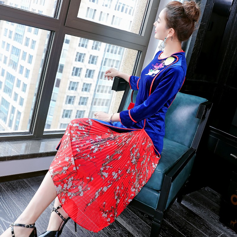 Fairy Embroidery Modern Velvet Qipao Cheongsam Dress