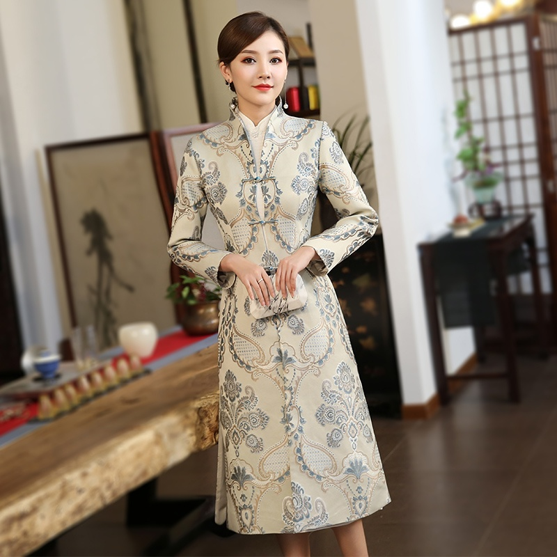 Remarkable Paisley Pattern Jacquard Long Tang Coat