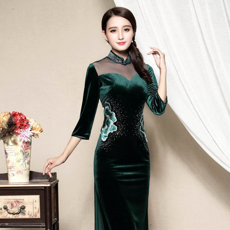 Wonderful Embroidery Velvet Cheongsam Qipao Dress - Green