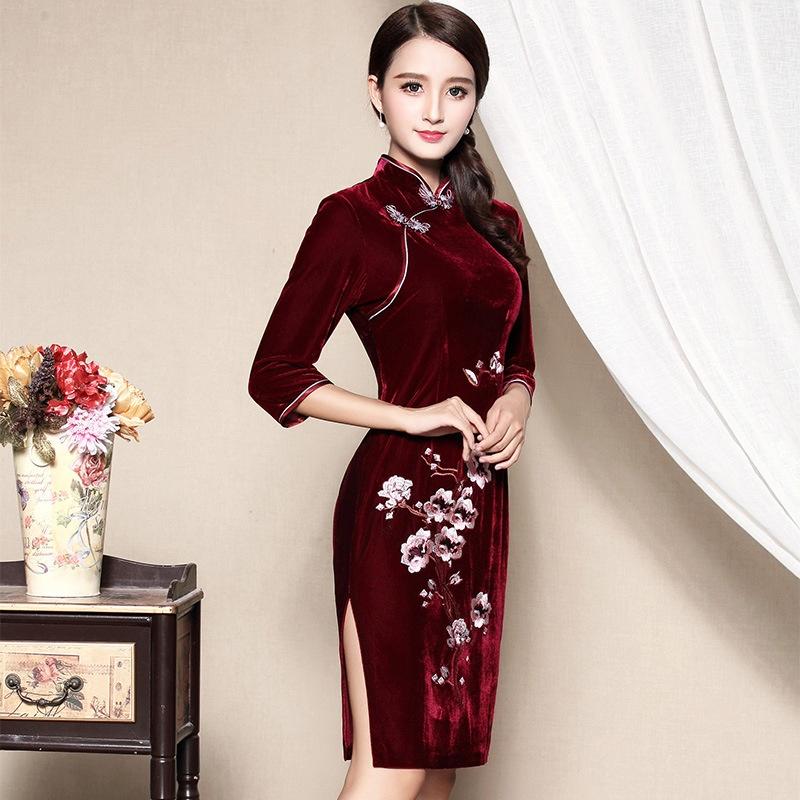 Charming Embroidery Velvet Cheongsam Qipao Dress - Claret
