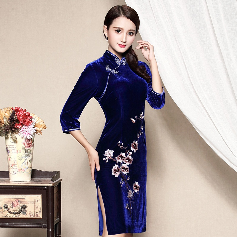Charming Embroidery Velvet Cheongsam Qipao Dress - Blue