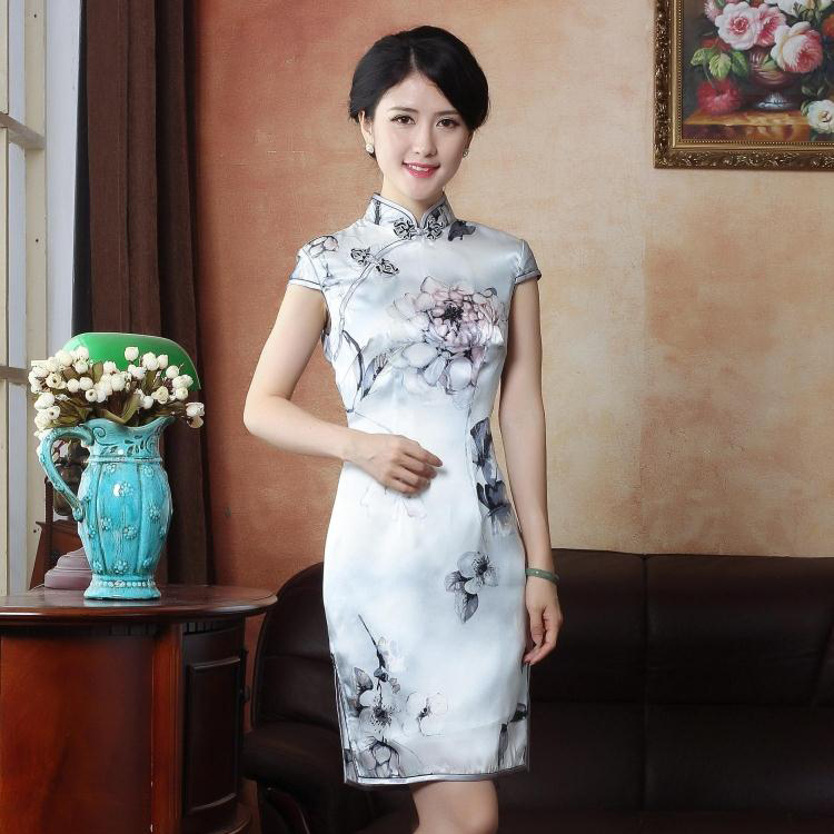 Lovable Lotus Flower Silk Cheongsam