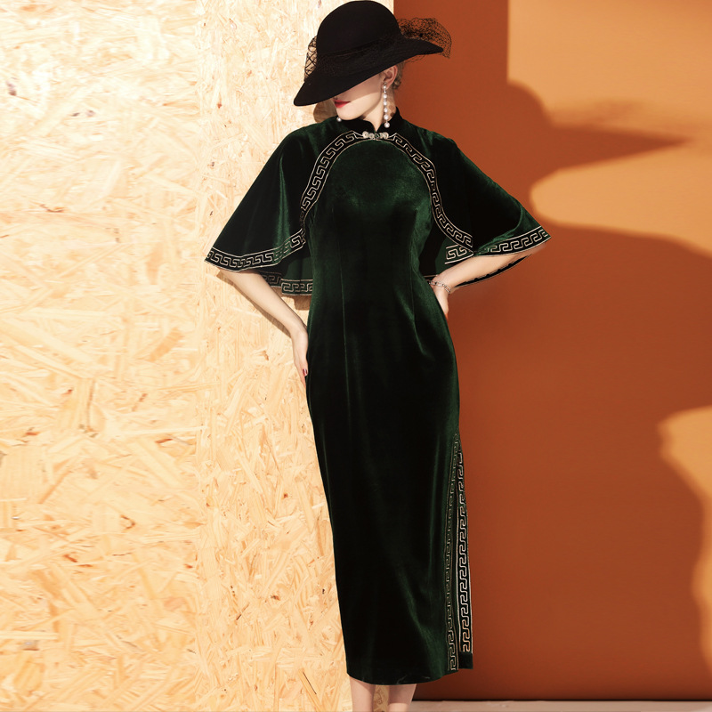 Fashionable Modern Green Velvet Qipao Cheongsam Dress